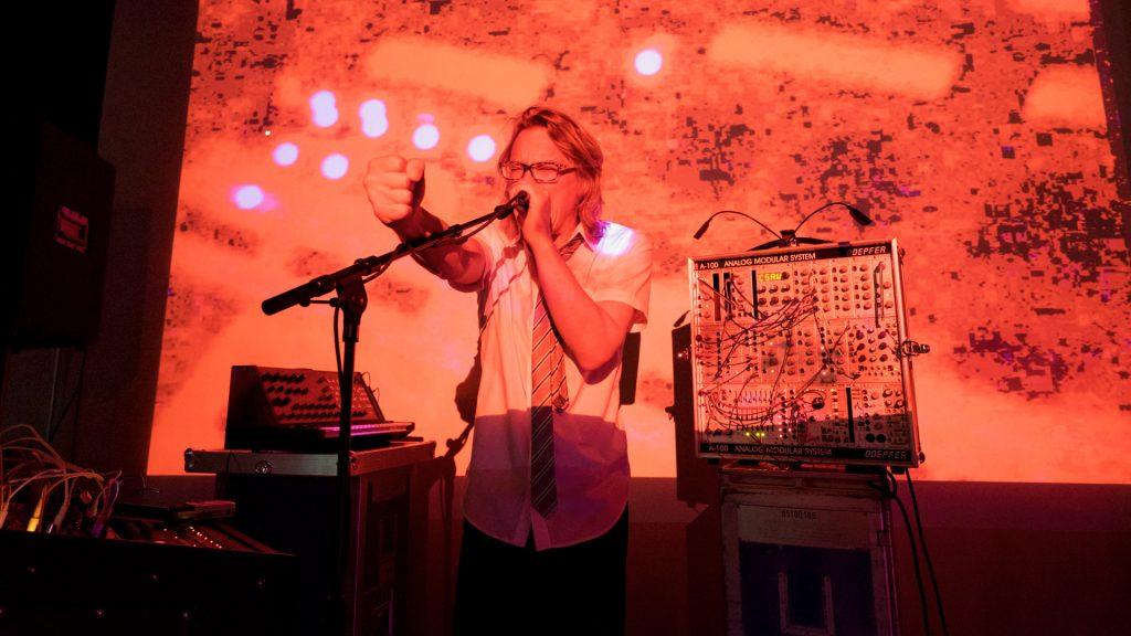 Indie Artist Herr Alt Live Visuals